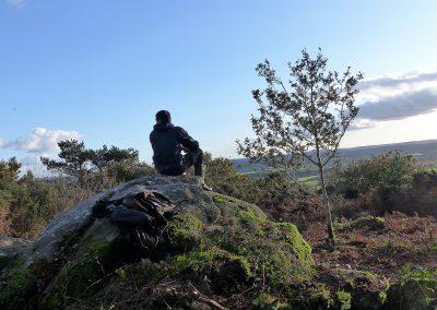 15.les blocs rocheux et la vue sur le paysagesont dégagés