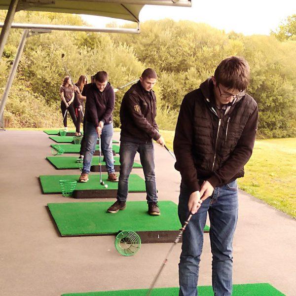 Les jeunes de l'Ulis au golf