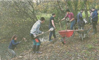 Plougoumelen : Les étudiants de Kerplouz restaurent les étangs