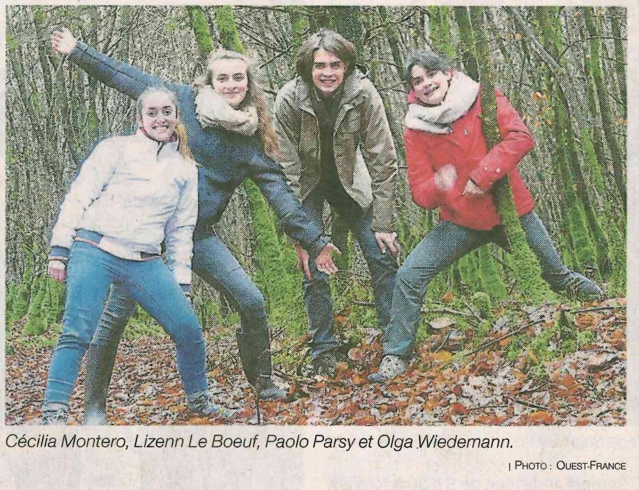 Une course d'orientation loisir dans la forêt